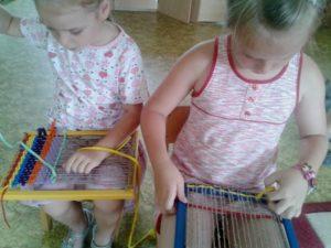 Научить ребенка ткать